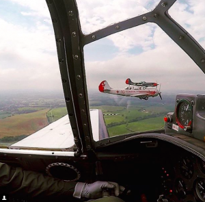 yak 52 formation training
